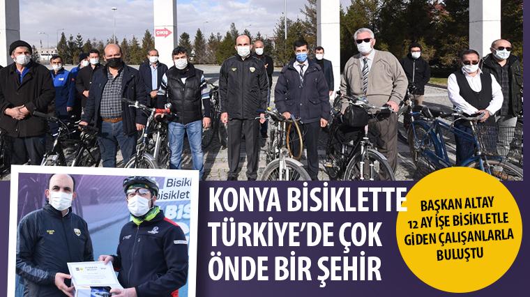 Başkan Altay 12 Ay İşe Bisikletle Giden Belediye Çalışanlarıyla Buluştu